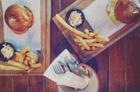 7 Best Burgers in Singapore Under $20