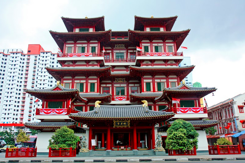 """Buddha Tooth Relic Temple at night"""