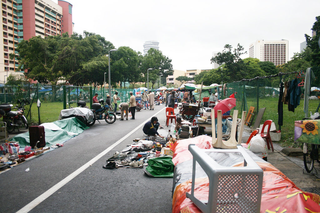 """sungei road thieves market flea market jalan besar fun shopping"""