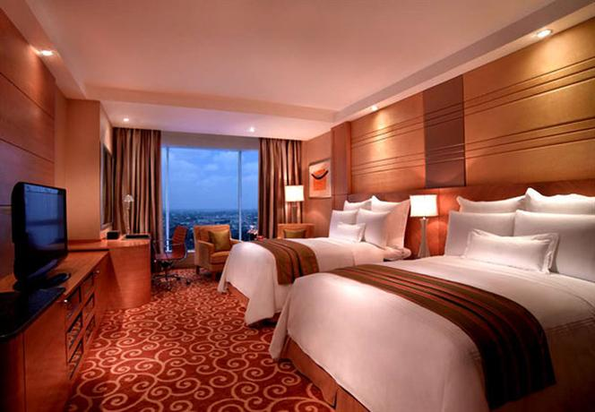 JW Marriott Hotel Medan suite