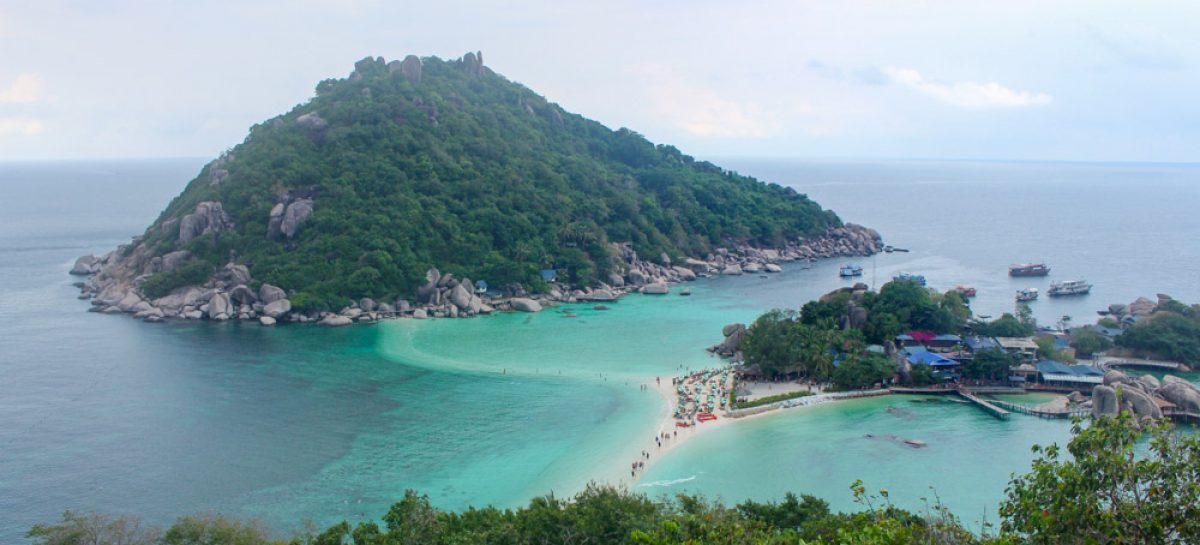 Learning to dive in Koh Tao, Thailand