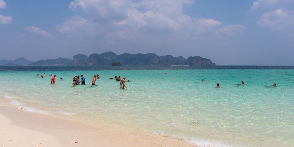 Ao-Nang-Exploring-the-beaches-and-islands-2