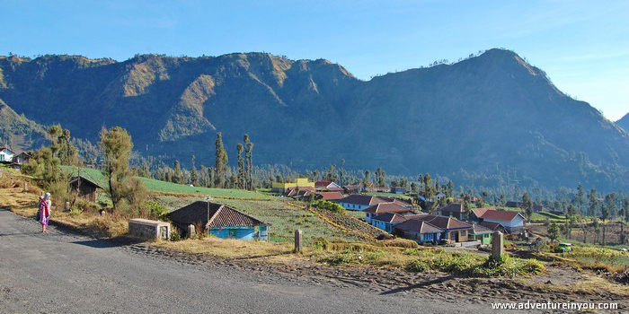 Walking up to the crater of Mount Bromo