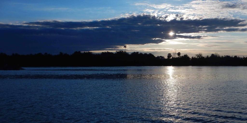 Sunrise-in-Kampot