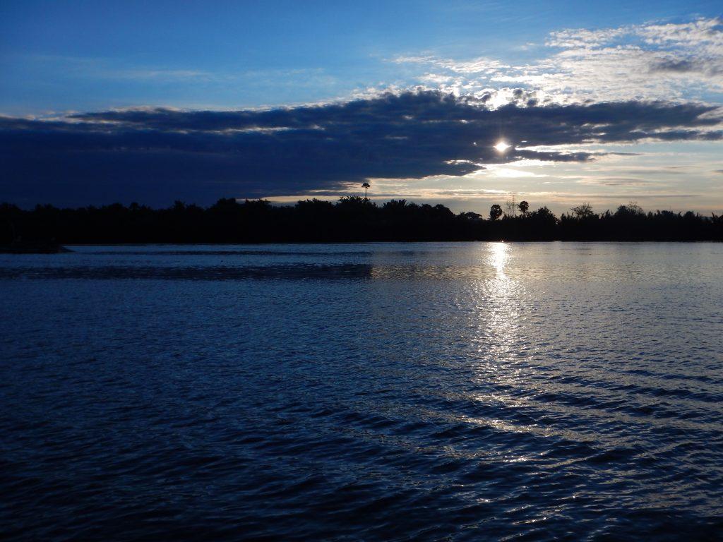 Sunrise in Kampot