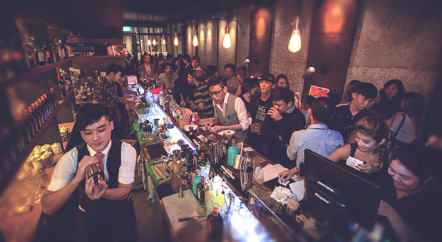 """bars in singapore with amazing mocktails"""