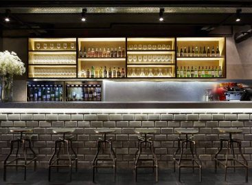 4 classy wine bars that will make you feel like a wine connoisseur
