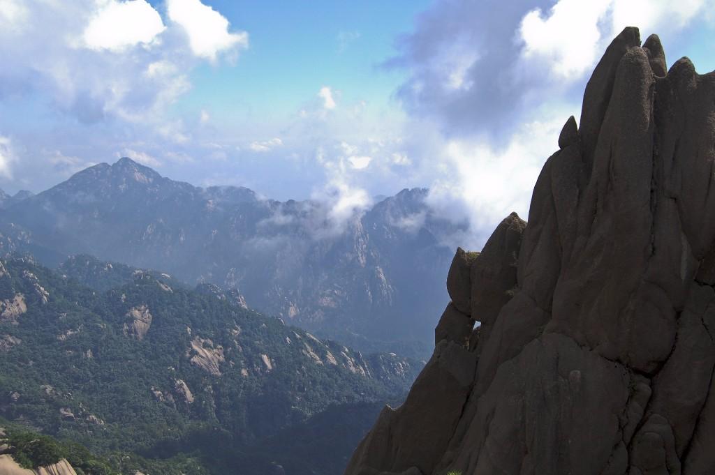 mountain-144111