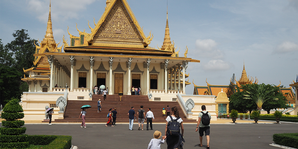 Phnom-Penh-with-kids-01