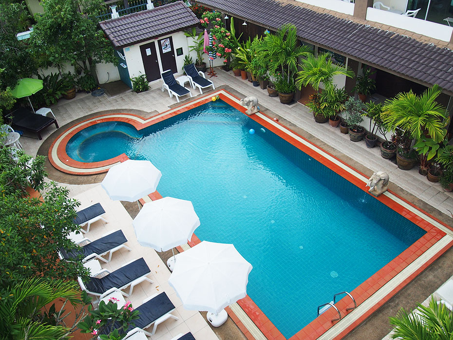 Chan Resort swimming pool