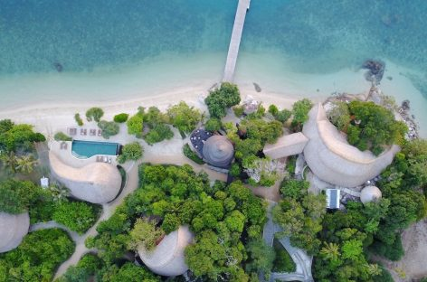 Escape to 5 Indonesian islands near Singapore without a flight