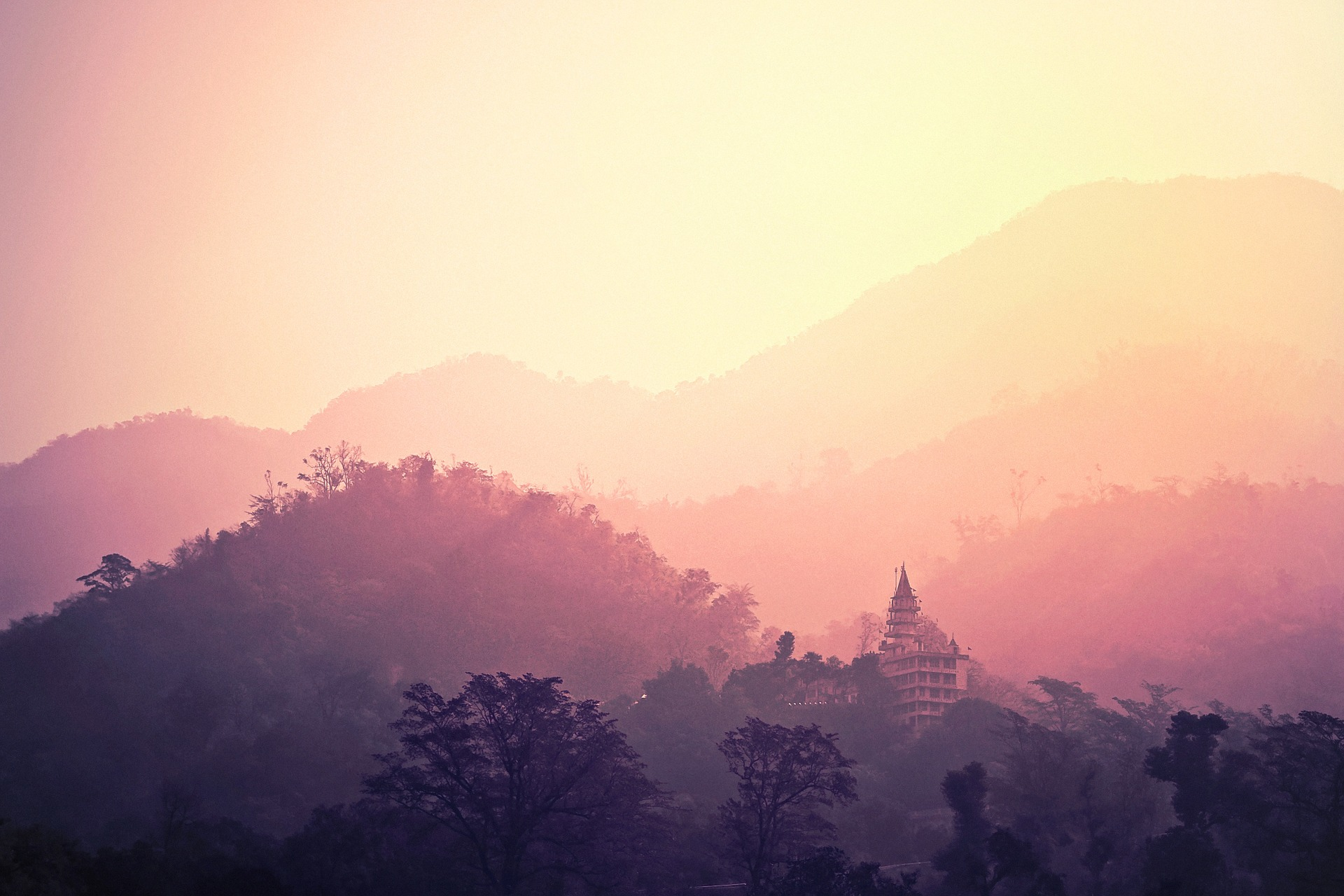 hippy towns in asia