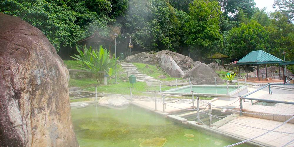 Poring-Hot-Springs-Spa