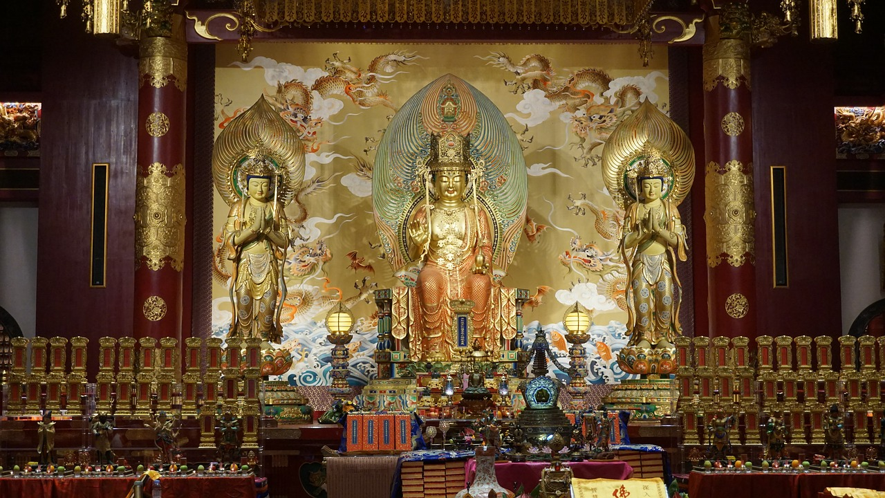 """Buddha Tooth Relic Temple Singapore"""